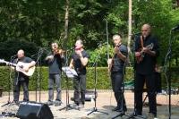 Mideando String Quintet
